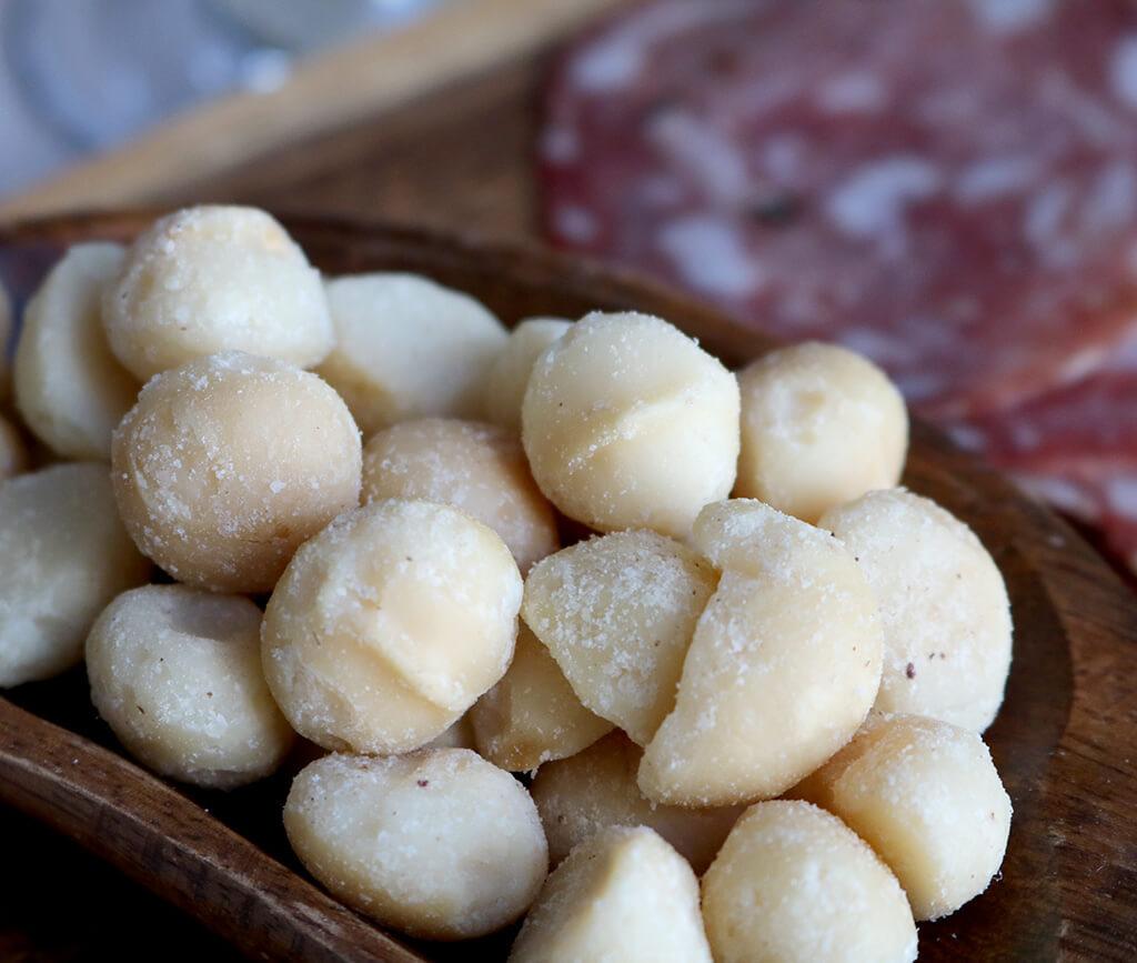 鎌倉の塩を使ったハッピーナッツカンパニー 幻の塩ナッツ